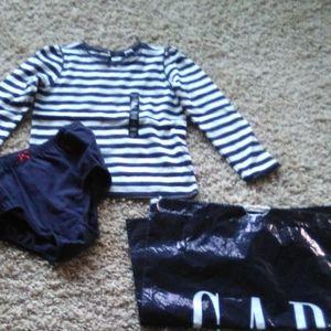 GAP top long sleeves & bottom set 3T